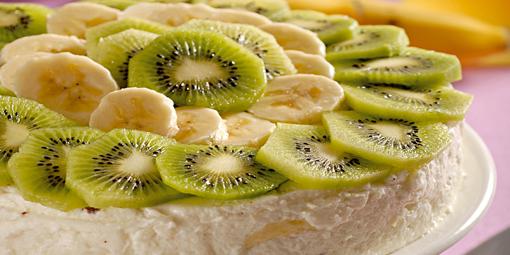 Tvarohový dort s kiwi a banánem