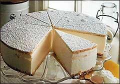 Tvarohový dort se šlehačkou