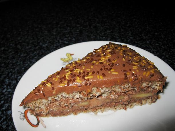Ořechový dort s banány