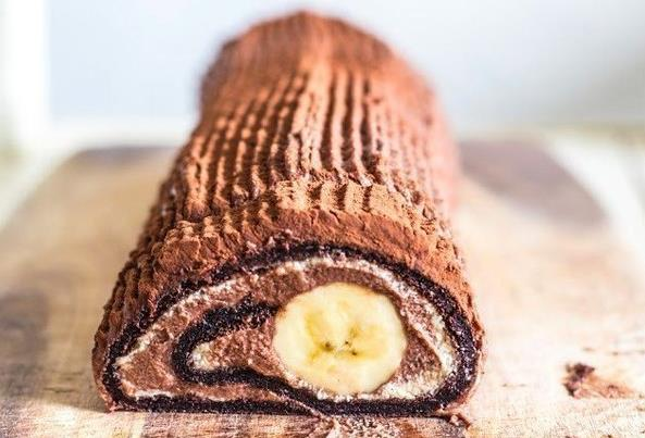 Čokoládovo-banánová roláda
