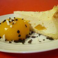 Tvarohový koláč s broskví